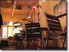 ホントは小洒落空間であるはずのターミナルカフェ
